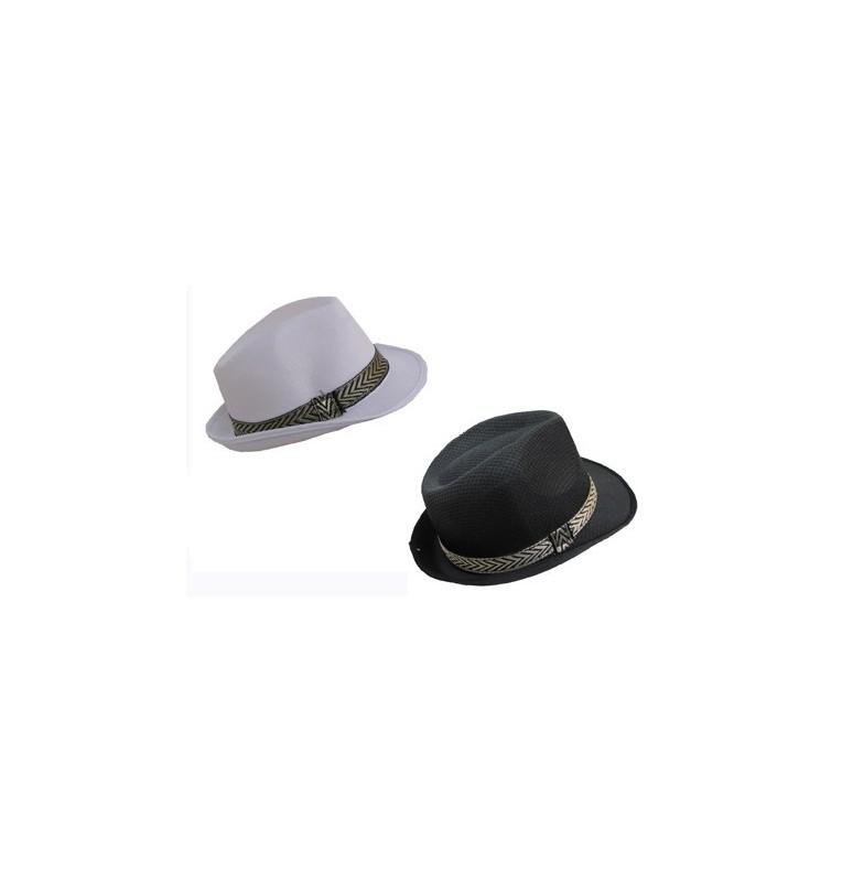 chapeau noir et blanc