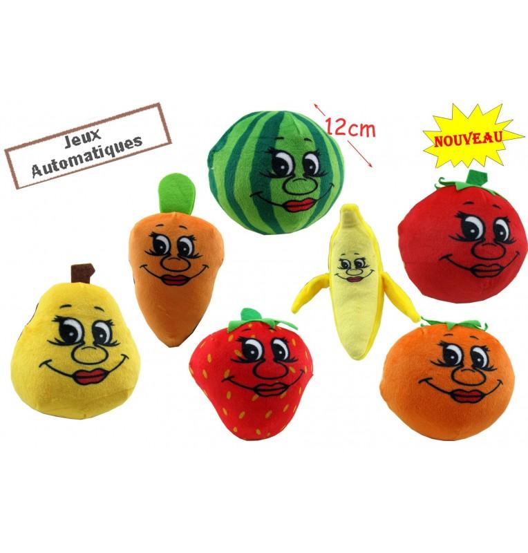 Peluche en forme de fruits.